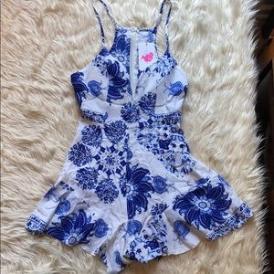 L'atiste by Amy NWT blue & white romper